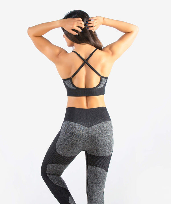 Eclipse Seamless Sports Bra - Black - FLEXCHAMPS INDIA