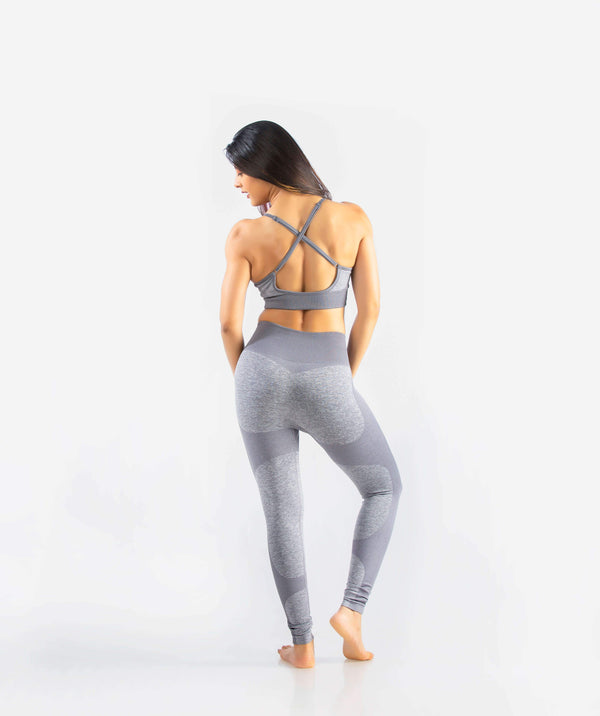 Eclipse Seamless Sports Bra - Light Gray - FLEXCHAMPS INDIA