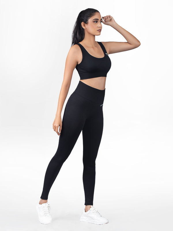 RIBBED SEAMLESS Leggings - Black - FLEXCHAMPS INDIA