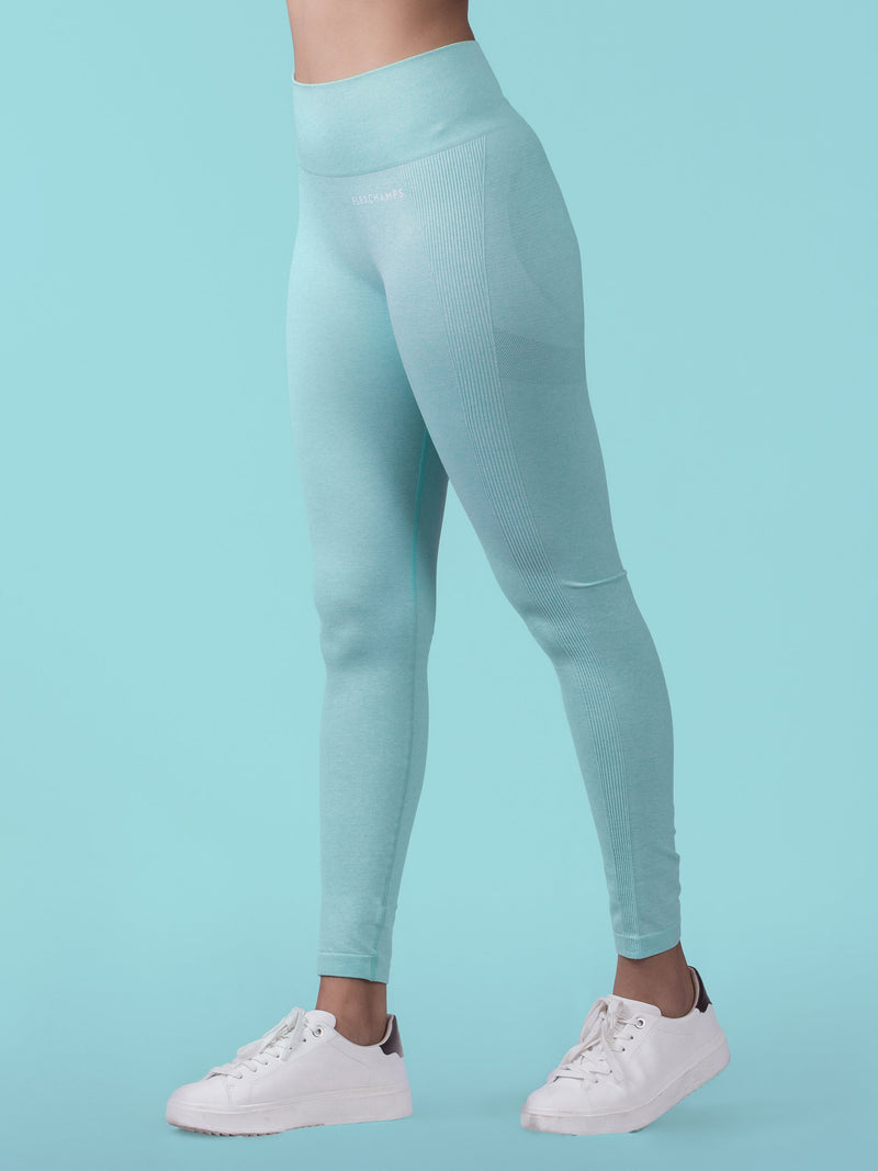 Aura Scrunch Seamless Leggings - Paleturquoise - FLEXCHAMPS INDIA