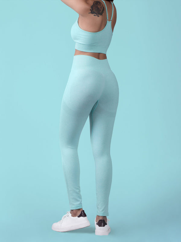 Aura Seamless Sports Bra - Pale Turquoise - FLEXCHAMPS INDIA