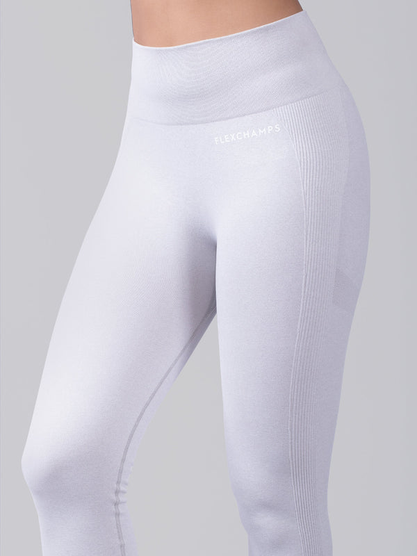 Aura Scrunch Seamless Leggings  - Snow White - FLEXCHAMPS INDIA