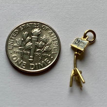 Load image into Gallery viewer, 18kt Yellow Gold Enamel Music Stand Charm Pendant