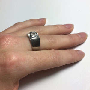 French 1935 Modernist White Diamond Platinum Ring