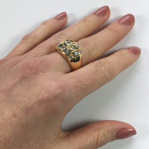 French Princess Cut Diamond Gold Bombe Ring
