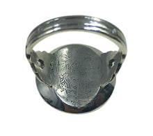 Load image into Gallery viewer, French silver coral lacquer target ring