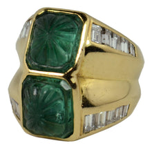 Load image into Gallery viewer, Carved Emerald Diamond Gold Ring
