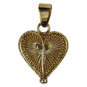 Vintage 18K Yellow Gold Filigree Wire Heart Charm Pendant