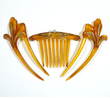 Load image into Gallery viewer, Pair of Antique Tortoiseshell Pearl hair combs