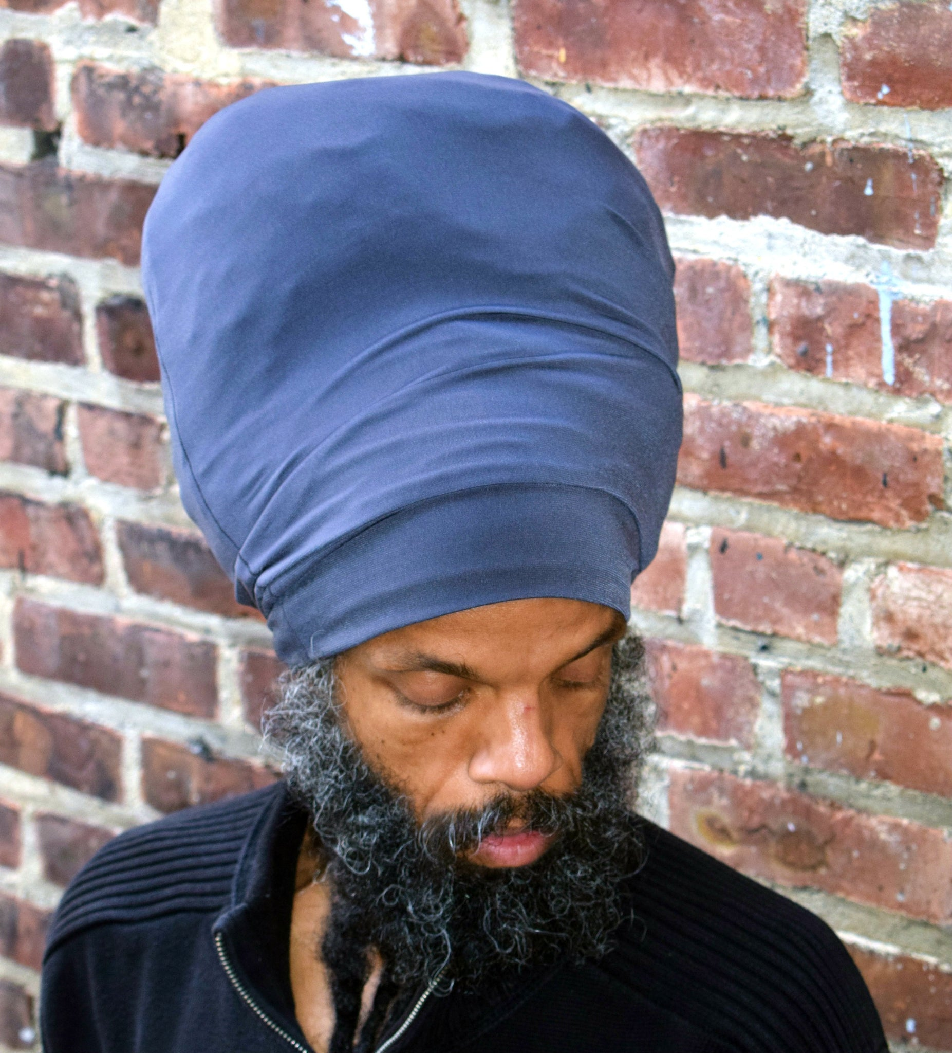 Gray stretch hat - front view.