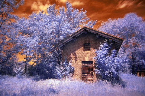 Infrared Country House