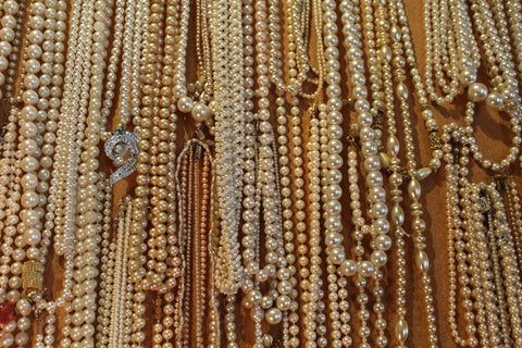 vintage jewelry, tarrytown, pretty funny vintage, faux pearls, mother's day