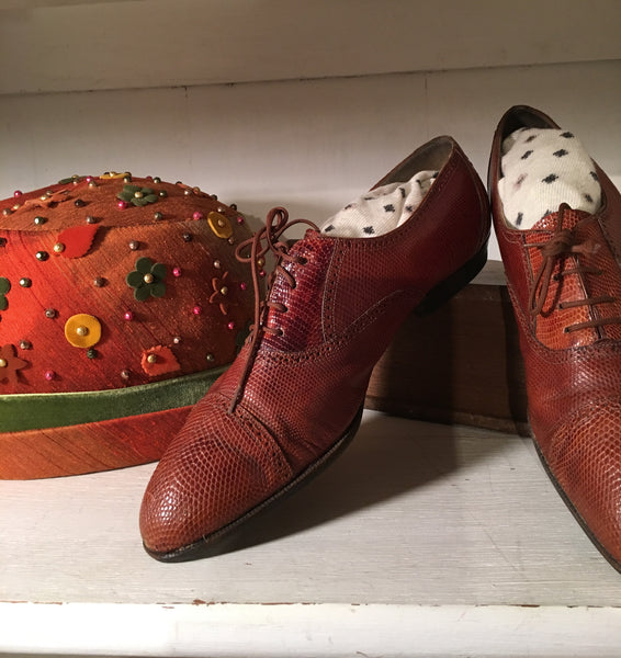 vintage clothing, vintage shoes, vintage, pretty funny vintage, tarrytown, sleepy hollow