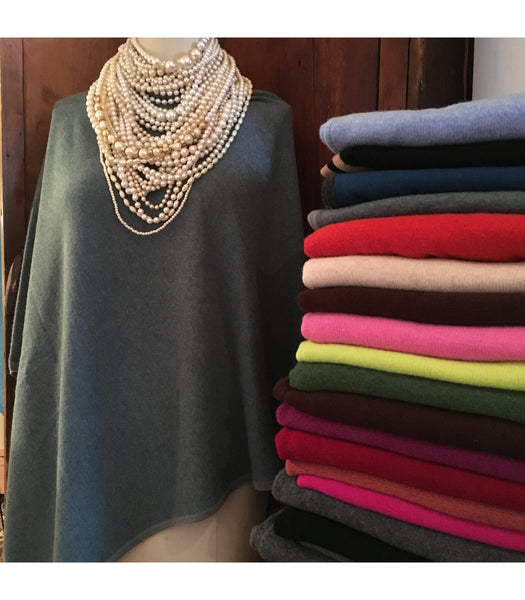 cashmere, ponchos, cashmere ponchos, gifts, holiday, shopping, pretty funny vintage, tarrytown