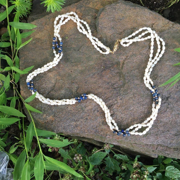 P103 - Poil, Lapis Spacers Pearl Necklace