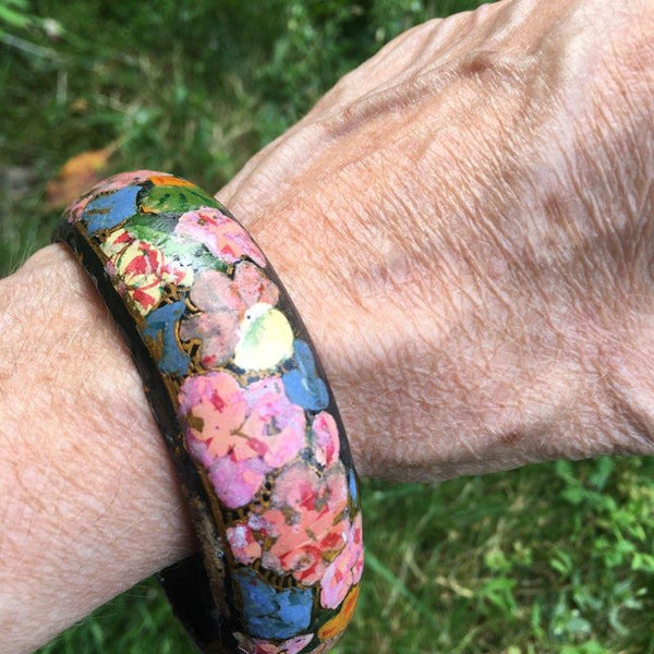 S197 - Painted Floral Bangle
