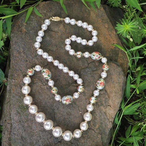 P108 - Poil, Floral Garden Pearl Necklace