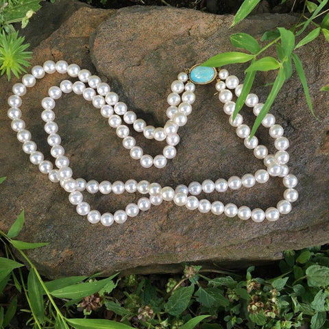 P101 - Poil, Turquoise Clasp Pearl Necklace