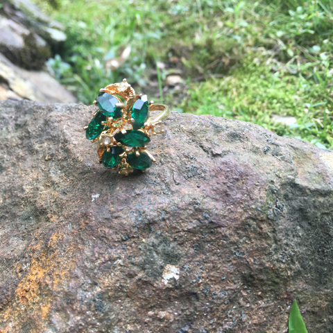 T108 - Faux Emerald and Rhinestone Goldtone Ring