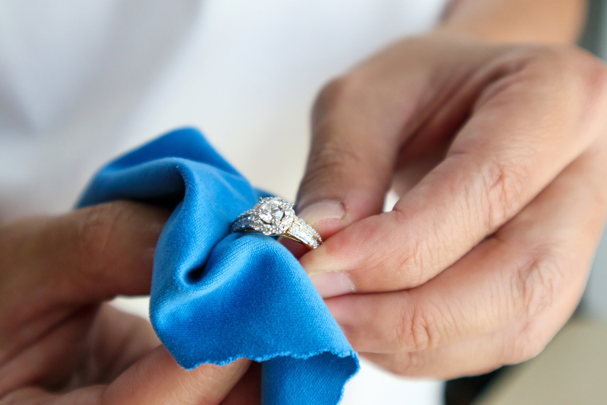 Cleaning your rings and jewellery