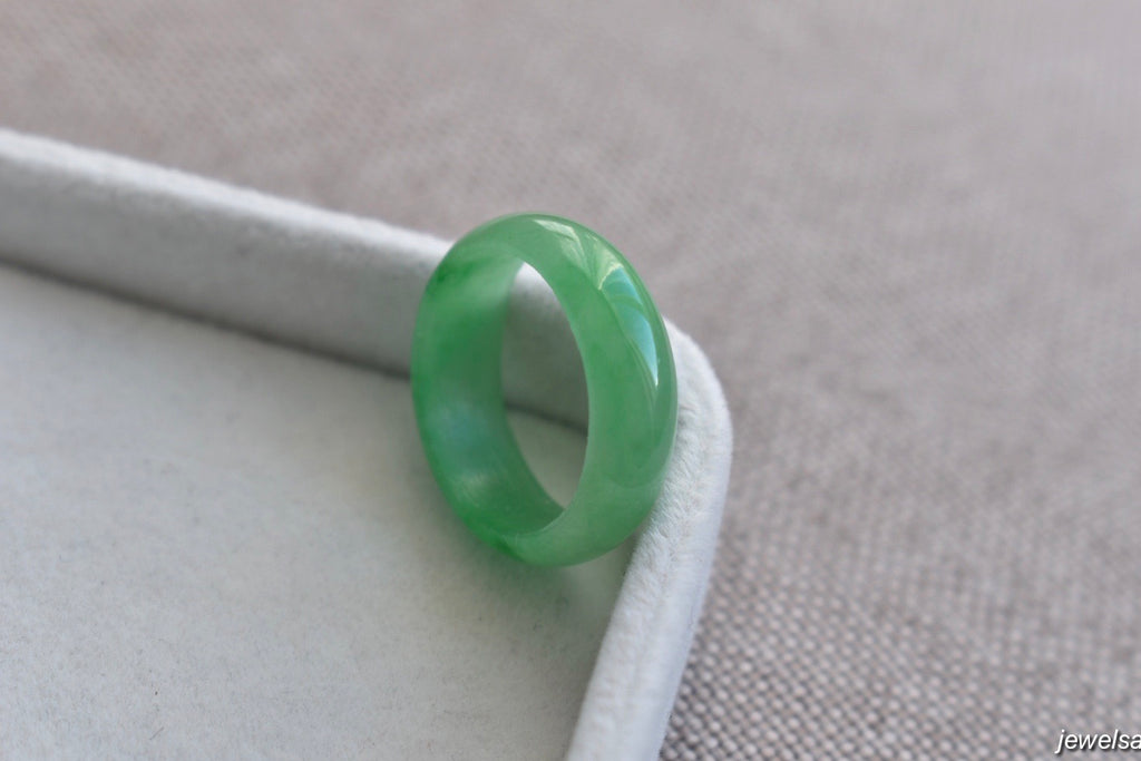 Natural Icy Apple Green Jadeite Jade Ring Band - Size 6.75 US