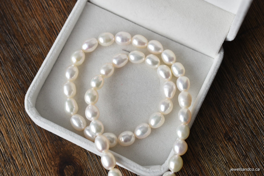 White Freshwater Oval Pearl Necklace, 7.25-8.25mm