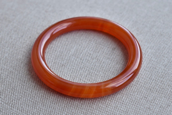 58.88mm Natural Red Agate Round Bangle