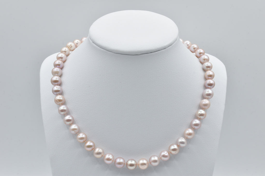 Pink Freshwater pearl necklace (8.5-9.5mm)
