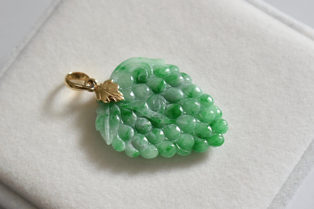 Natural Green Jadeite Jade Double-Sided Grape Pendant in 18K Yellow Gold