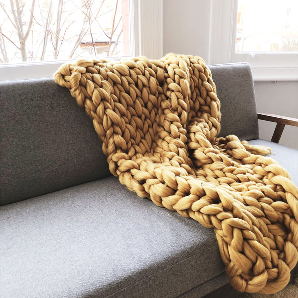 Beginners Giant Arm Knit Blanket