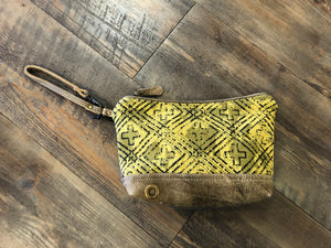 Yellow Cross Clutch