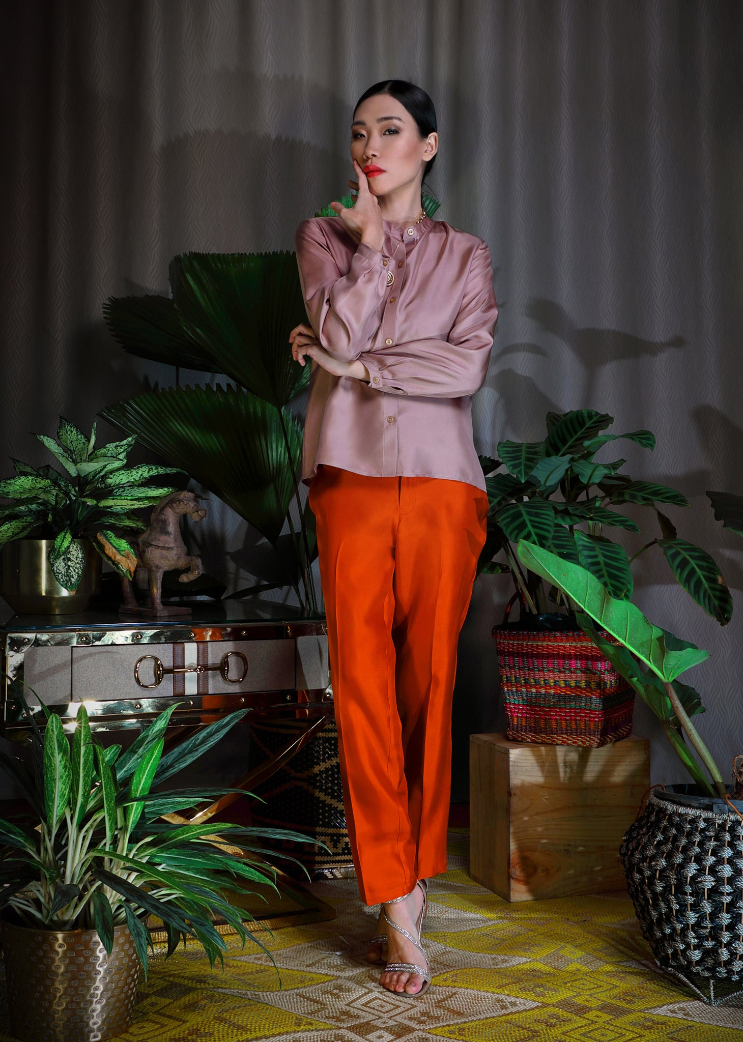 Katyusha Fiery Brown simple pants and cocoa blouse