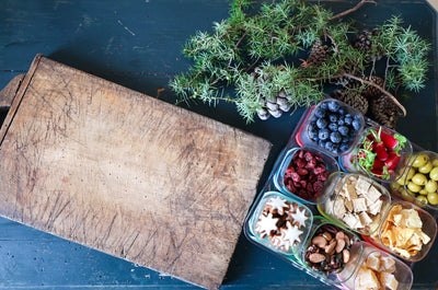 HOW TO CREATE QUICK & HEALTHY FESTIVE SNACK PLATTERS