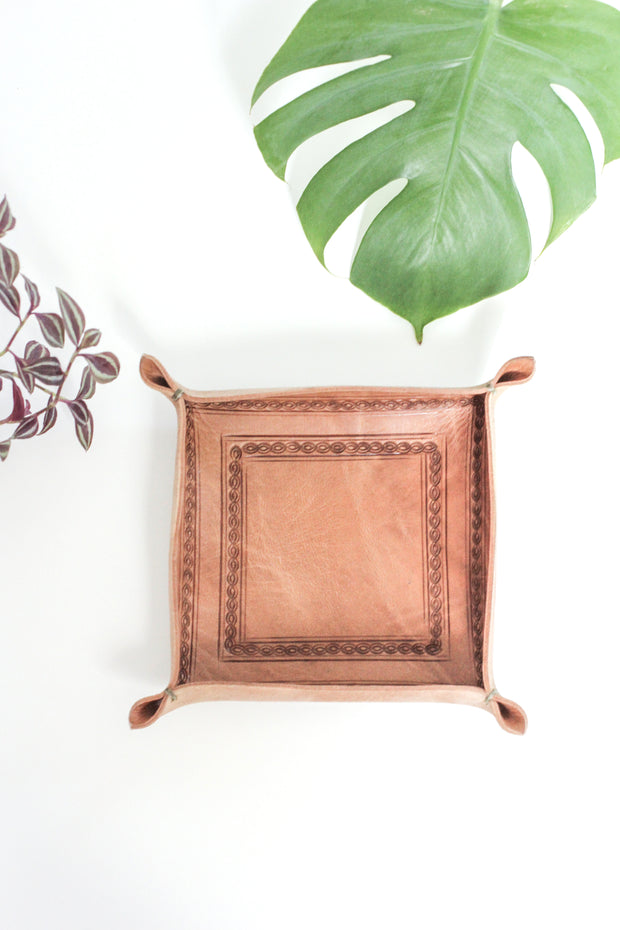 Moroccan Leather Valet Tray 1