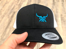 Load image into Gallery viewer, Icon offset mesh snapback blue (2 Colors)