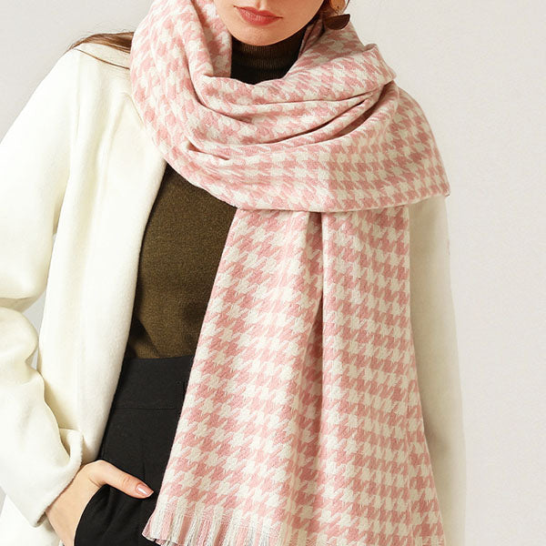 Michelle Houndstooth Fringe Scarf