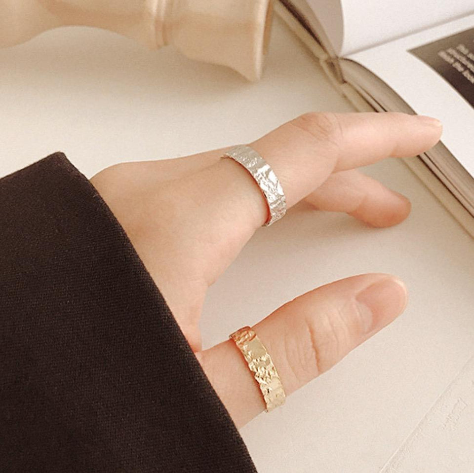 Constantine Textured Ring