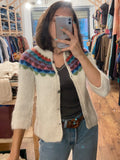 Cardigan con decorazione colorata