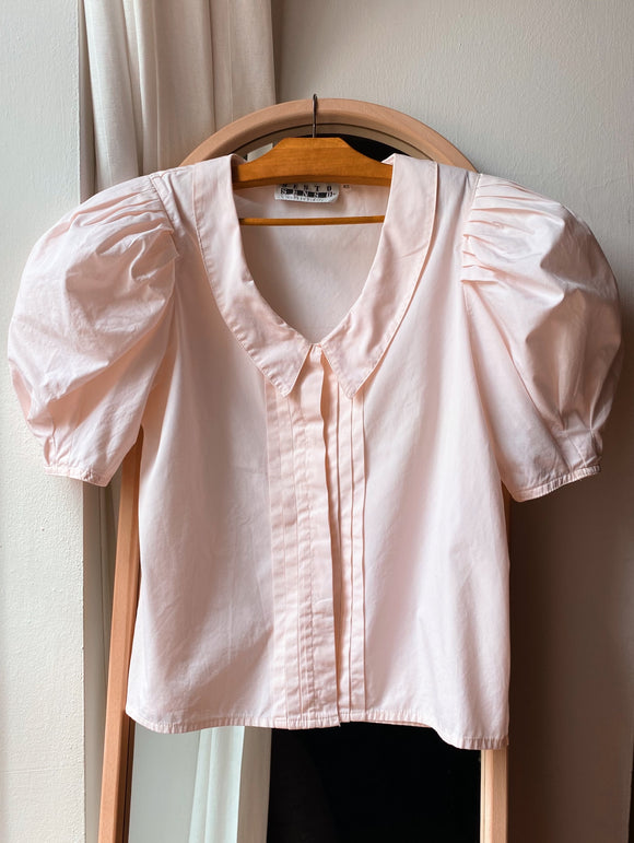 Camicia rosa con colletto e super maniche