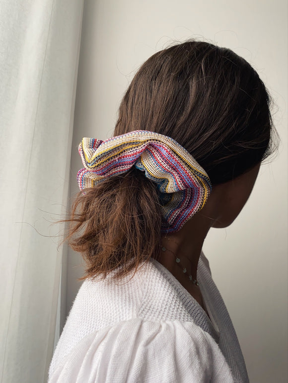 Scrunchie a righine colorate