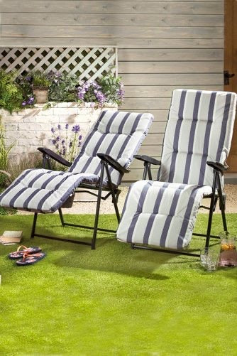 Glencoe Set of Two Cushioned Relaxers Armchairs - Mayflower Furniture