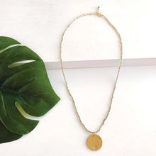 Load image into Gallery viewer, Simple Medallion Necklace - Gold
