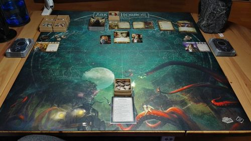 Arkham Horror: The Card Game - Playmat (Countless Terrors 1-4 Player)