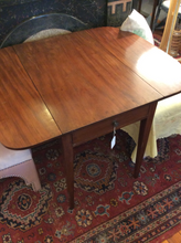 Load image into Gallery viewer, Mahogany Hepplewhite Pembroke Table