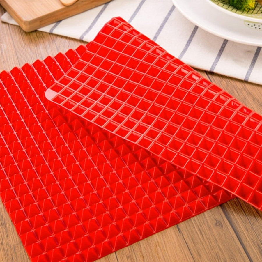BBQ Pyramid Pan Bakeware Non-stick Moulds Microwave Silicone Baking - CoocoShop