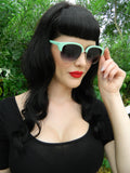 Jewels Sunglasses in Mint