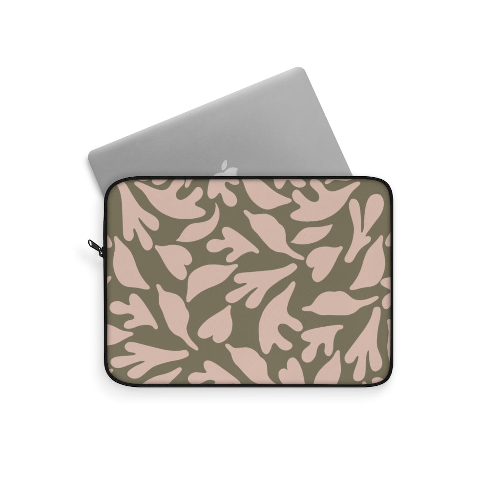 CUT OUTS LEAFS v3 LAPTOP SLEEVE