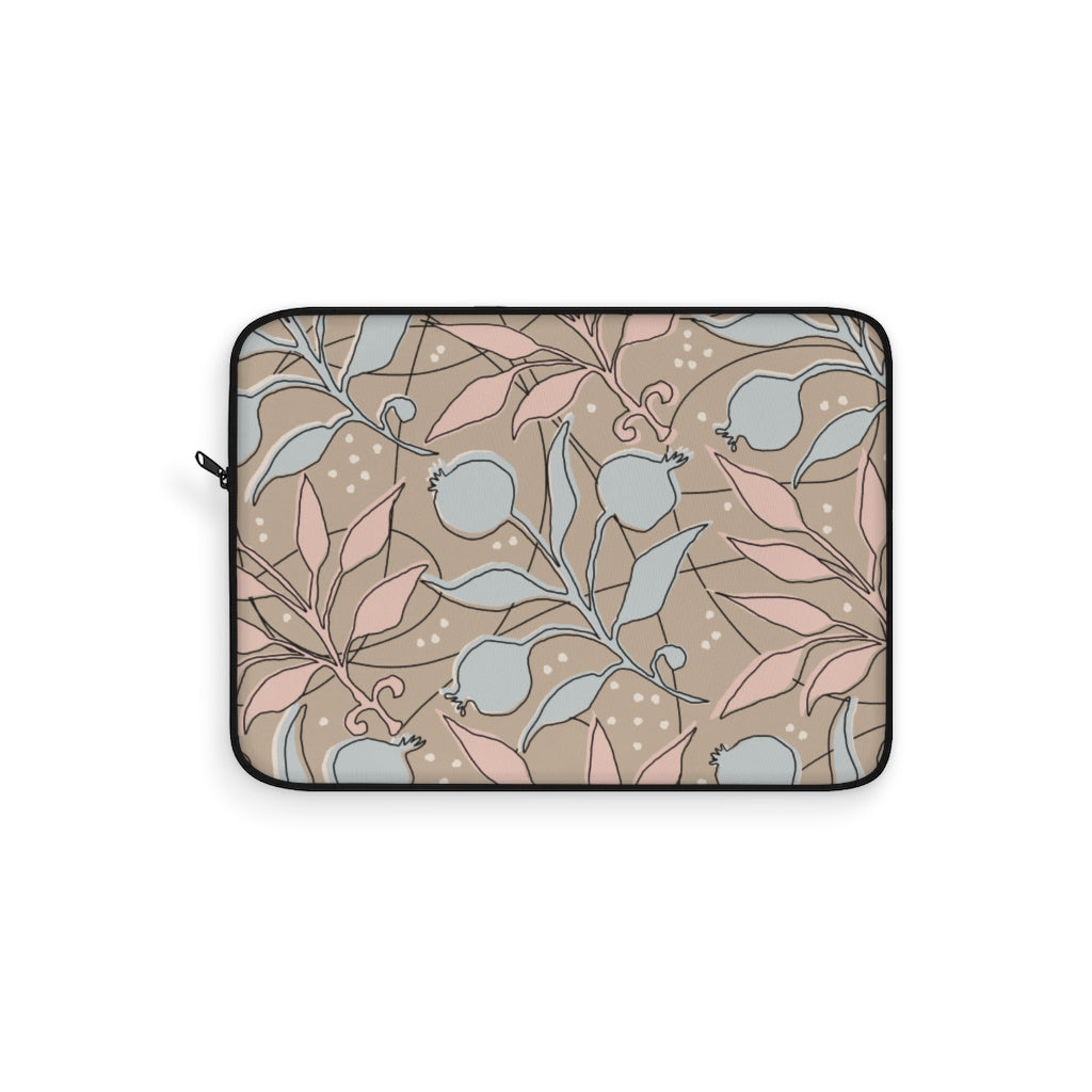 BEIGE FLOWERS LAPTOP SLEEVE