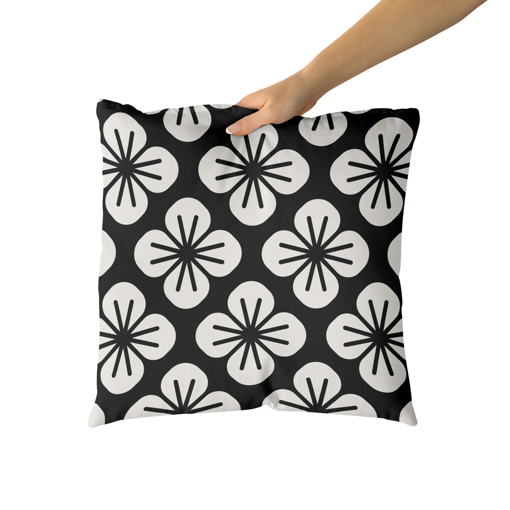 Throw Pillow with 60s Flowers