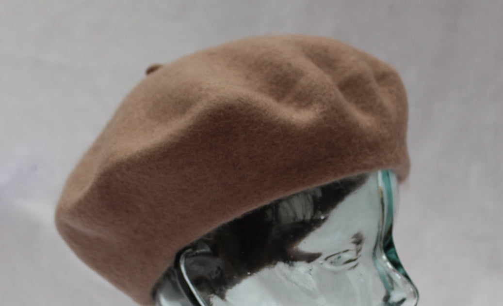 100% Pure Wool Light Brown Beret Unisex ideal for Men and Women